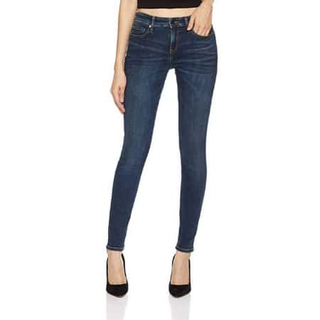 Cute and Comfy Postpartum Fashion: Jeans -- MightyMoms.club